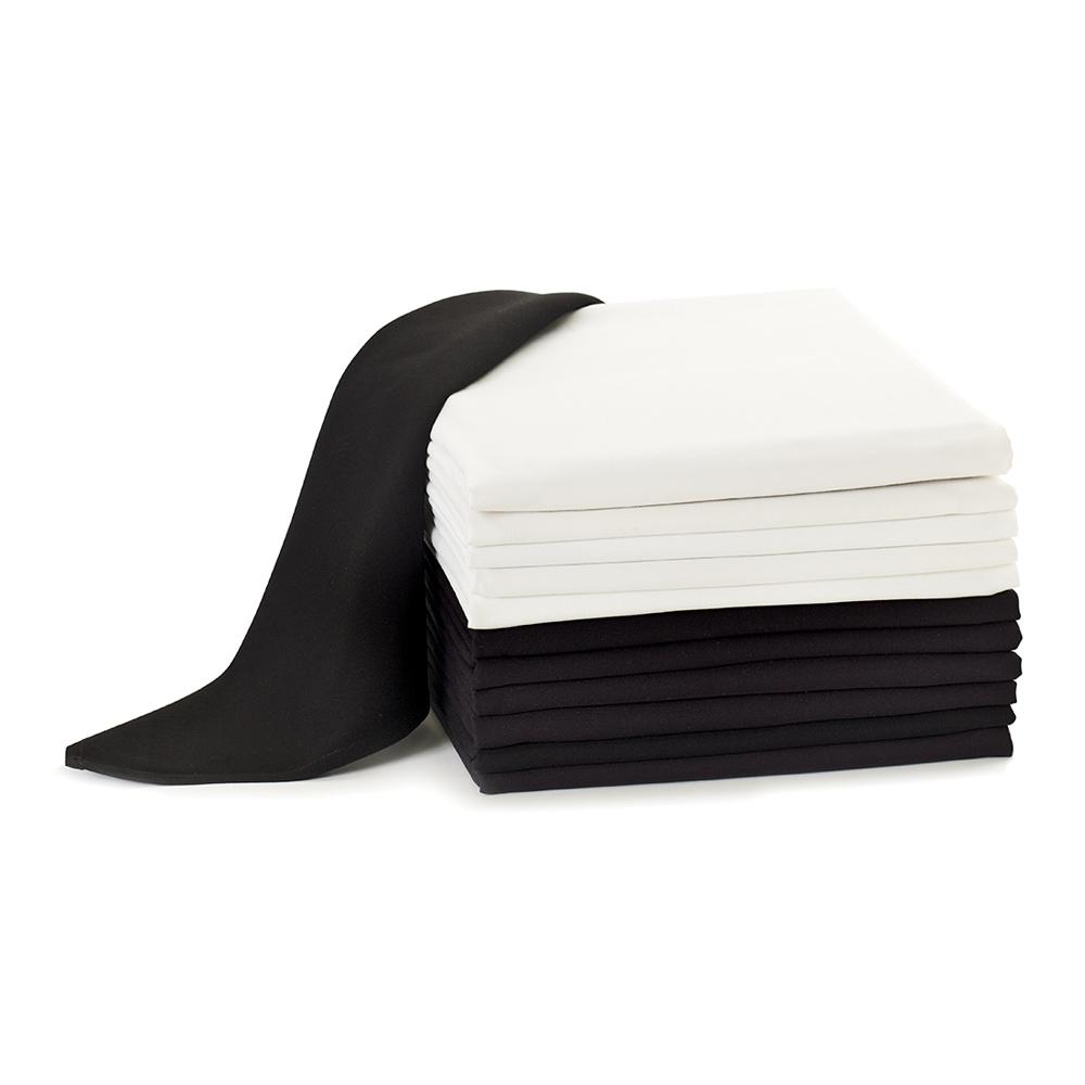Black and white Dempsey Uniform tablecloths